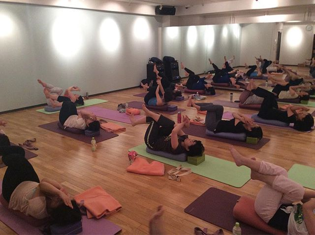 Brightness yogaの画像