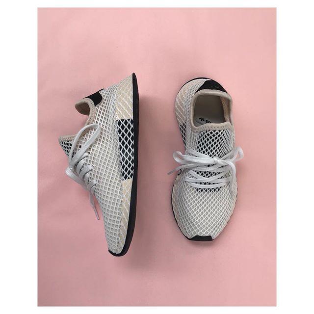 772adc634 Adidas Originals • Deerupt Runner •          Pris  800 ...