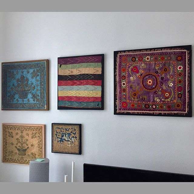 #art #vintage #design #vienna #wien #möbel #embroidery #suzani #polstern # Tapezieren #lifestyle #colors #design #instadesign #sessel #follow  #followme ...